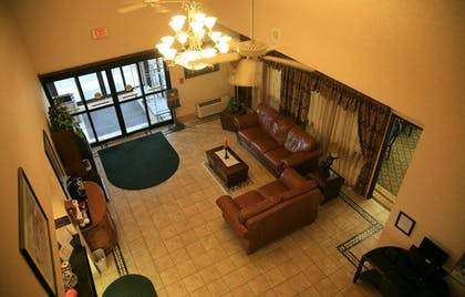 Hotel Interior | New Victorian Inn & Suites in Sioux City, IA