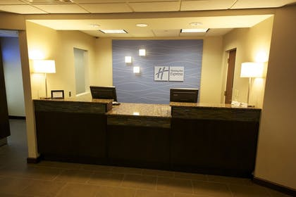 Lobby | Holiday Inn Express Hotel & Suites Danbury - I-84