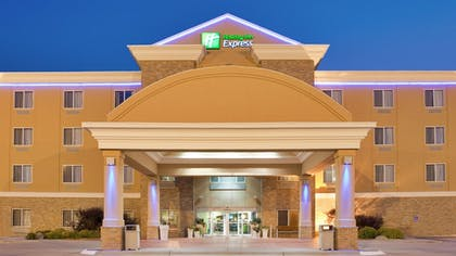 Featured Image | Holiday Inn Express and Suites Kearney