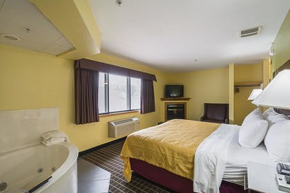 Guestroom | Quality Inn and Suites