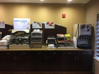 Breakfast buffet | Holiday Inn Express Charleston-Kanawha City