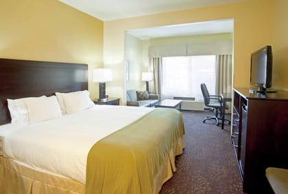 Guestroom | Holiday Inn Express Charleston-Kanawha City