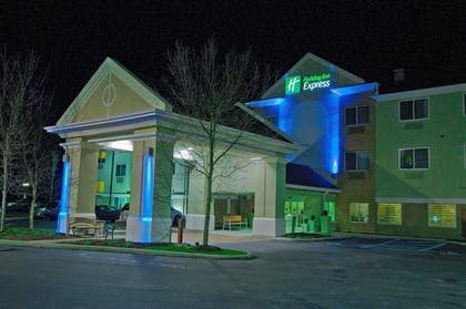 Featured Image | Holiday Inn Express Charleston-Kanawha City
