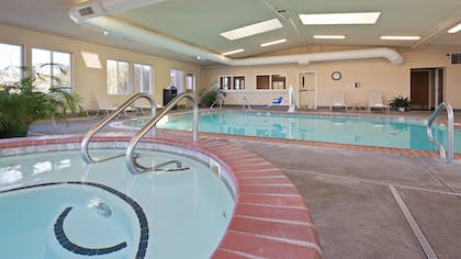 Pool | Best Western Nebraska City Inn