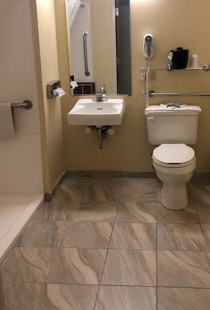 Bathroom | Best Western Nebraska City Inn