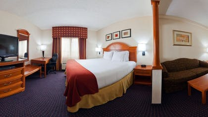Guestroom | Holiday Inn Express & Suites Ft. Lauderdale Airport West