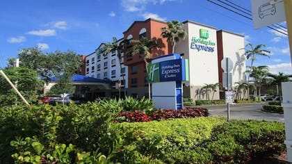Featured Image | Holiday Inn Express & Suites Ft. Lauderdale Airport West