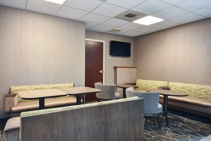 Breakfast Area | SpringHill Suites by Marriott Charlotte Concord Mills Spdwy