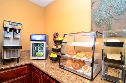 Breakfast Area | Best Western Abilene Inn & Suites