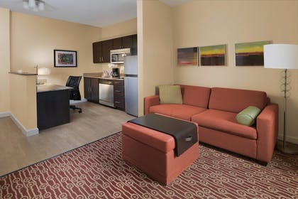 Guestroom | TownePlace Suites by Marriott Lake Jackson Clute