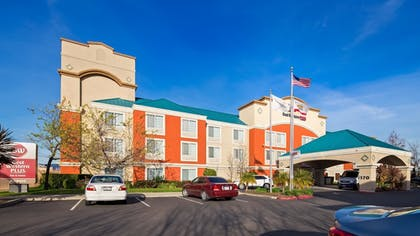 Featured Image | Best Western Plus Airport Inn & Suites