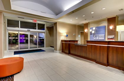 Lobby | Holiday Inn Express Hotel & Suites Jacksonville South I-295