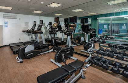 Fitness Facility | Holiday Inn Express Middletown / Newport