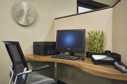 Business Center | SpringHill Suites by Marriott Edgewood/Aberdeen