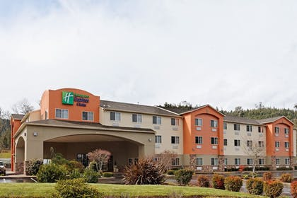 Featured Image | Holiday Inn Express & Suites Canyonville