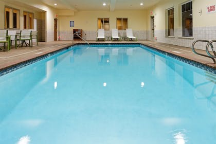 Indoor Pool | Holiday Inn Express & Suites Canyonville