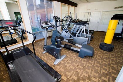 Fitness Facility | Hotel Rosedale