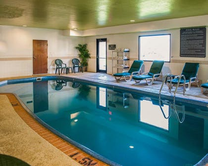 Pool | Comfort Suites NE Indianapolis Fishers
