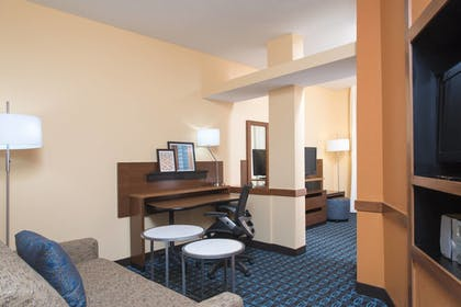 Guestroom | Fairfield Inn & Suites Columbus East