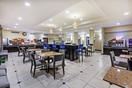 Restaurant | Holiday Inn Express Hotel & Suites Houston-Downtown Conv Ctr