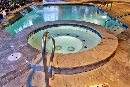 Pool | Holiday Inn Express Hotel & Suites Houston-Downtown Conv Ctr