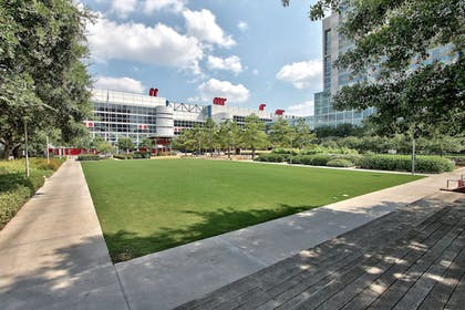 Point of Interest | Holiday Inn Express Hotel & Suites Houston-Downtown Conv Ctr