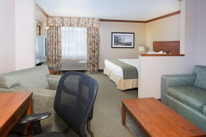 Guestroom | Holiday Inn Express Hotel & Suites Portland-NW Downtown