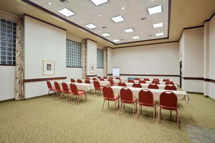 Meeting Facility   Holiday Inn Express Hotel & Suites Portland-NW Downtown