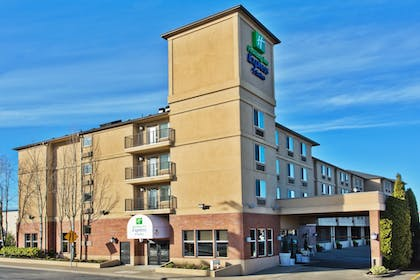 Featured Image | Holiday Inn Express Hotel & Suites Portland-NW Downtown