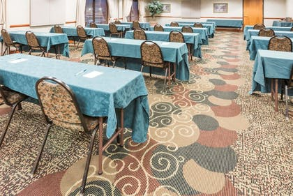Meeting Facility | Wingate by Wyndham Indianapolis Airport-Rockville Rd.
