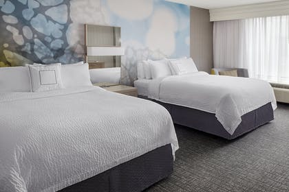 Guestroom | Courtyard by Marriott Charlotte City Center