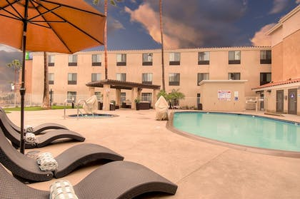 Pool | Holiday Inn Express Hotel & Suites Carlsbad Beach