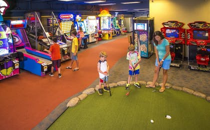 Mini-Golf | Beaver Run Resort & Conference Center