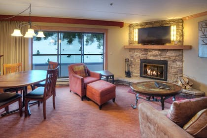 Living Area | Beaver Run Resort & Conference Center