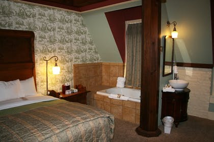 Jetted Tub | The Crescent Hotel and Spa