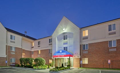 Featured Image   Candlewood Suites Kansas City-Overland Park