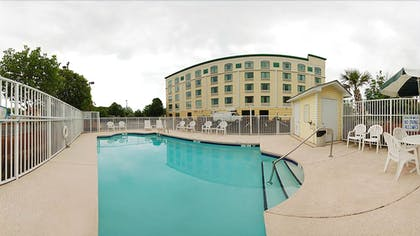 Outdoor Pool | Quality Inn & Suites North Myrtle Beach
