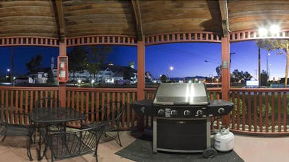 BBQ/Picnic Area | Candlewood Suites Airport - Salt Lake City
