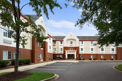 Featured Image | Hawthorn Suites by Wyndham Charlotte/Executive Park