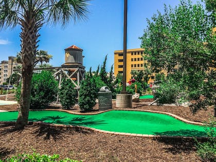 Mini-Golf | The Patricia Grand by Oceana Resorts