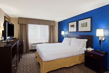 Guestroom | Holiday Inn Express Hotel & Suites Seattle - City Center