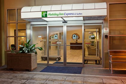 Exterior | Holiday Inn Express Hotel & Suites Seattle - City Center