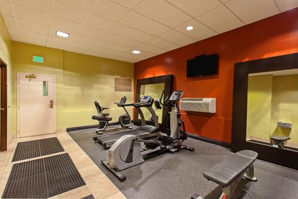 Fitness Facility | Holiday Inn Express Hotel & Suites Seattle - City Center