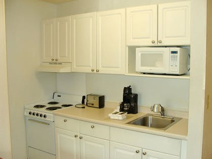 In-Room Kitchen   Extended Stay America - Cleveland - Great Northern Mall