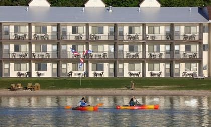 Kayaking | Bavarian Haus Lakefront Inn
