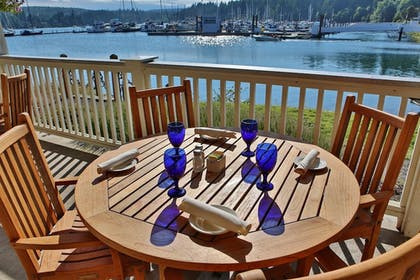 Outdoor Dining | The Resort at Port Ludlow
