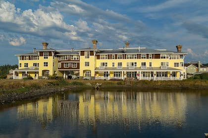 Courtyard View | The Resort at Port Ludlow