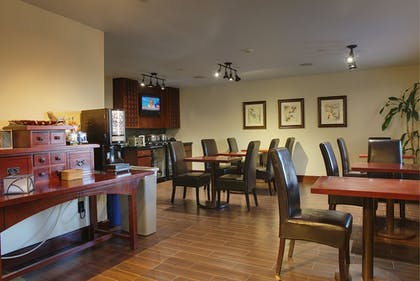 Dining | Larkspur Landing Hillsboro - An All-Suite Hotel