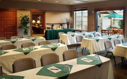 Meeting Facility | Larkspur Landing Hillsboro - An All-Suite Hotel