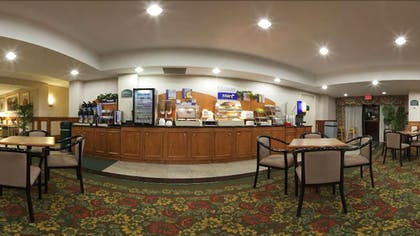 Breakfast Area | Holiday Inn Express Hotel & Suites Canton